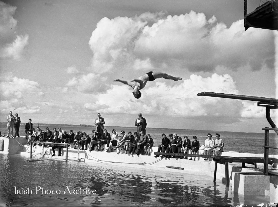 1958 - 02-08 Swimming Championships at Blackrock A770-4092-2.jpg